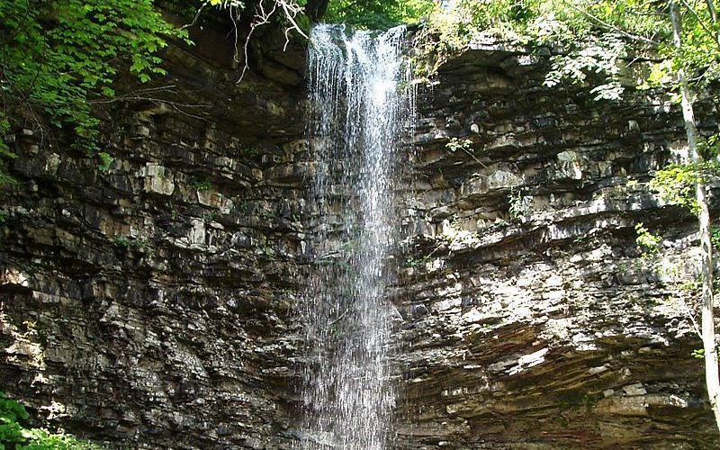 Krapel-kovyy-vodospad