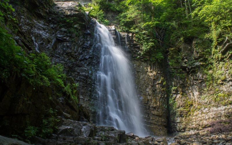 Maniavs-kyy-vodospad