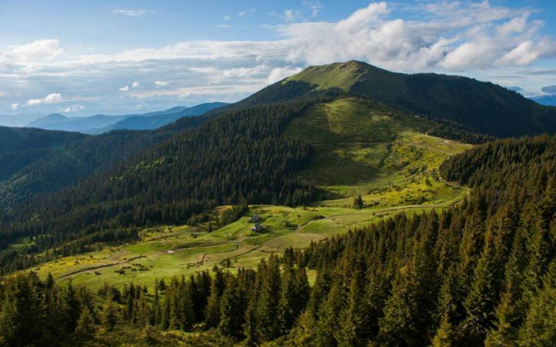 Natsional-nyy-pryrodnyy-park-Hutsul-shchyna