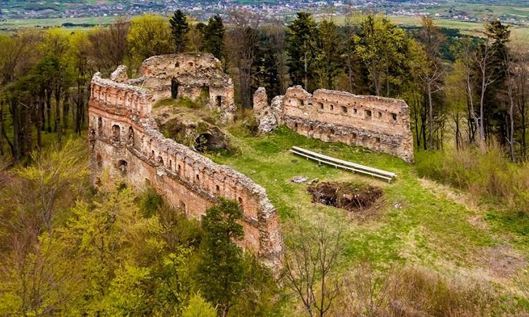 Добромильський замок, Добромиль – Світ Карпат